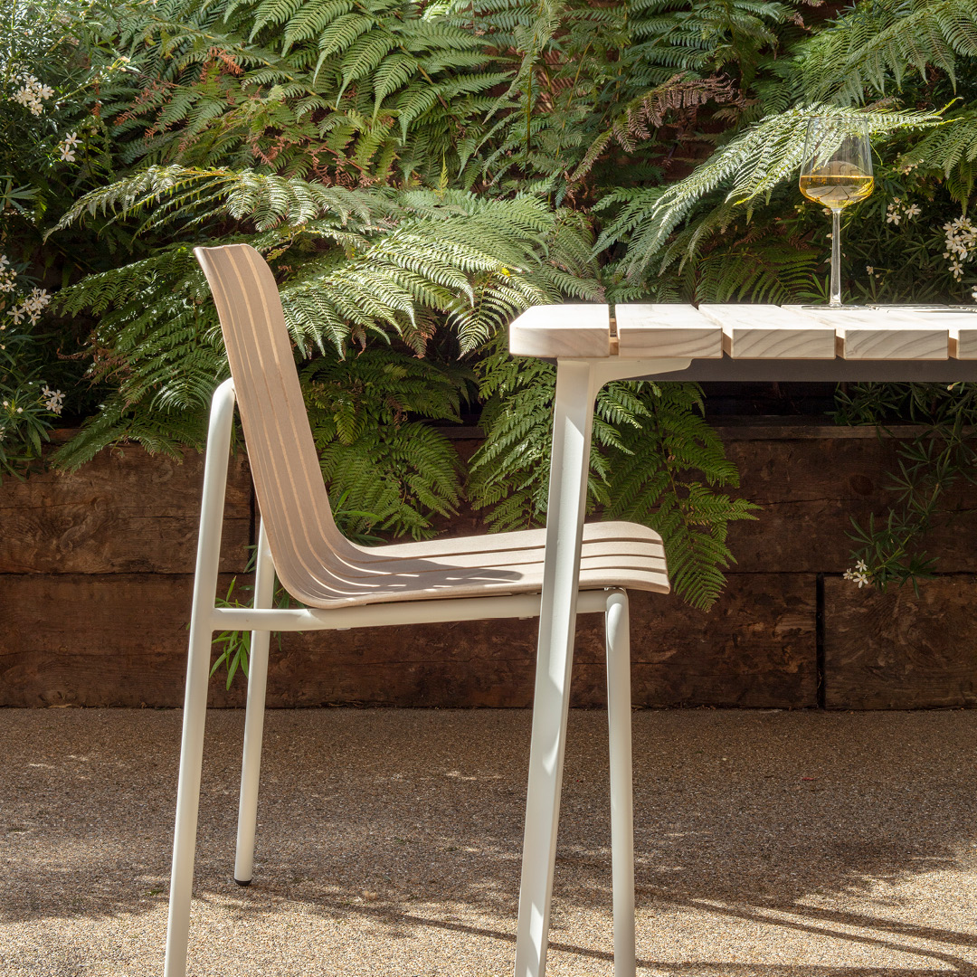 VG&P Launches Sustainable Summer Furniture